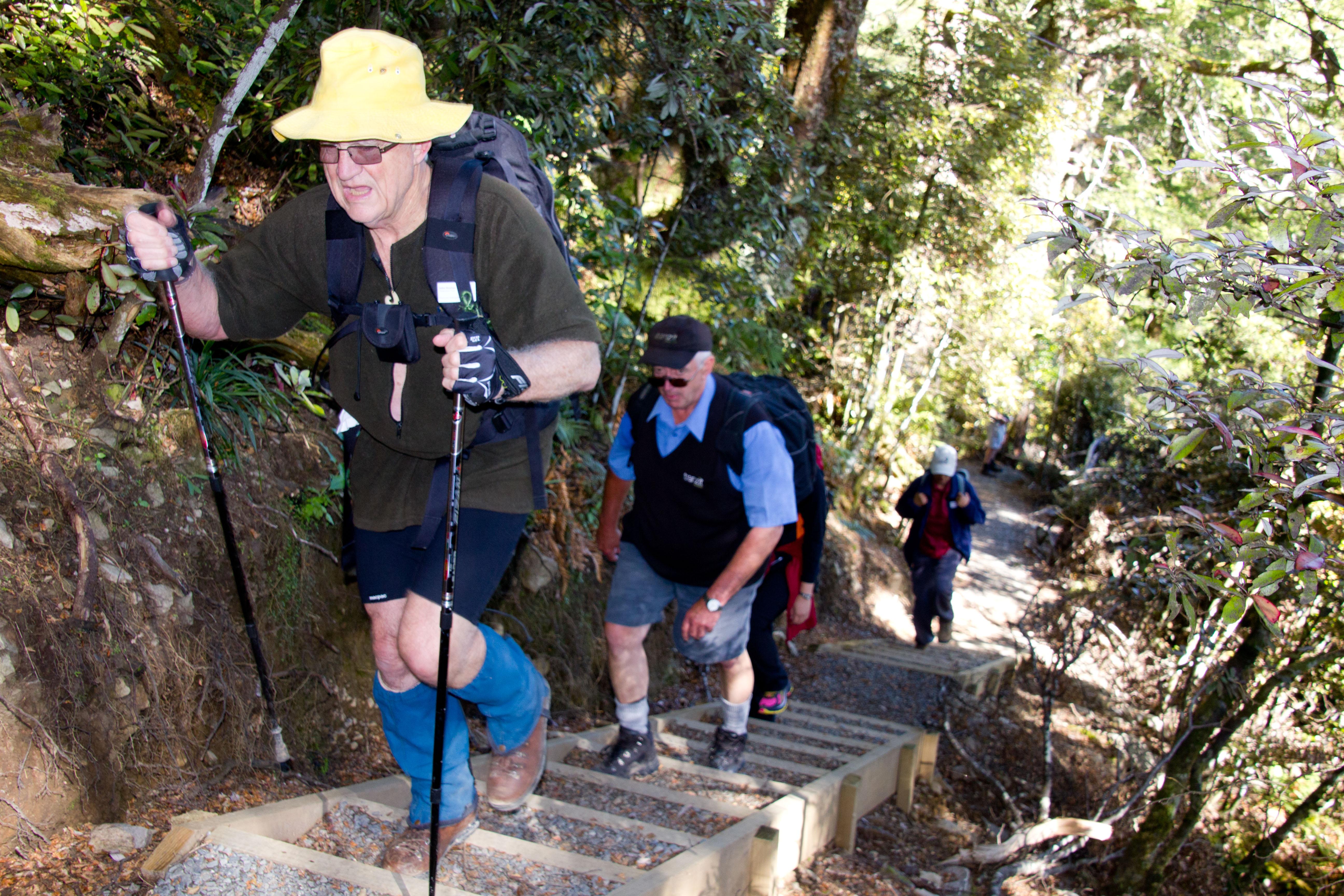 Tony Heford - Rangi - pounding steps